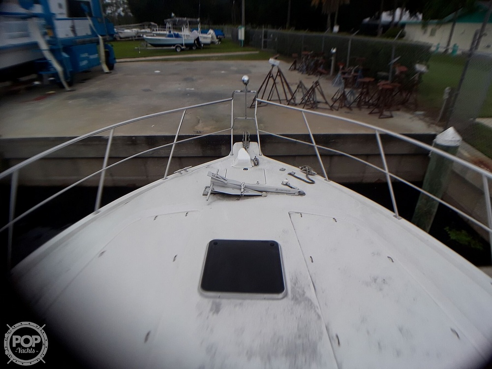 1989 Cruisers Yachts boat for sale, model of the boat is 4280 Express Bridge & Image # 31 of 40