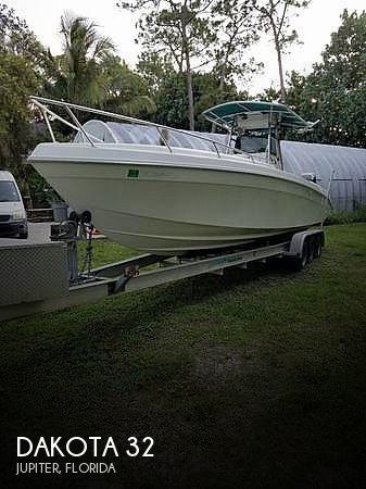 Used Dakota Boats For Sale by owner | 1998 Dakota 32