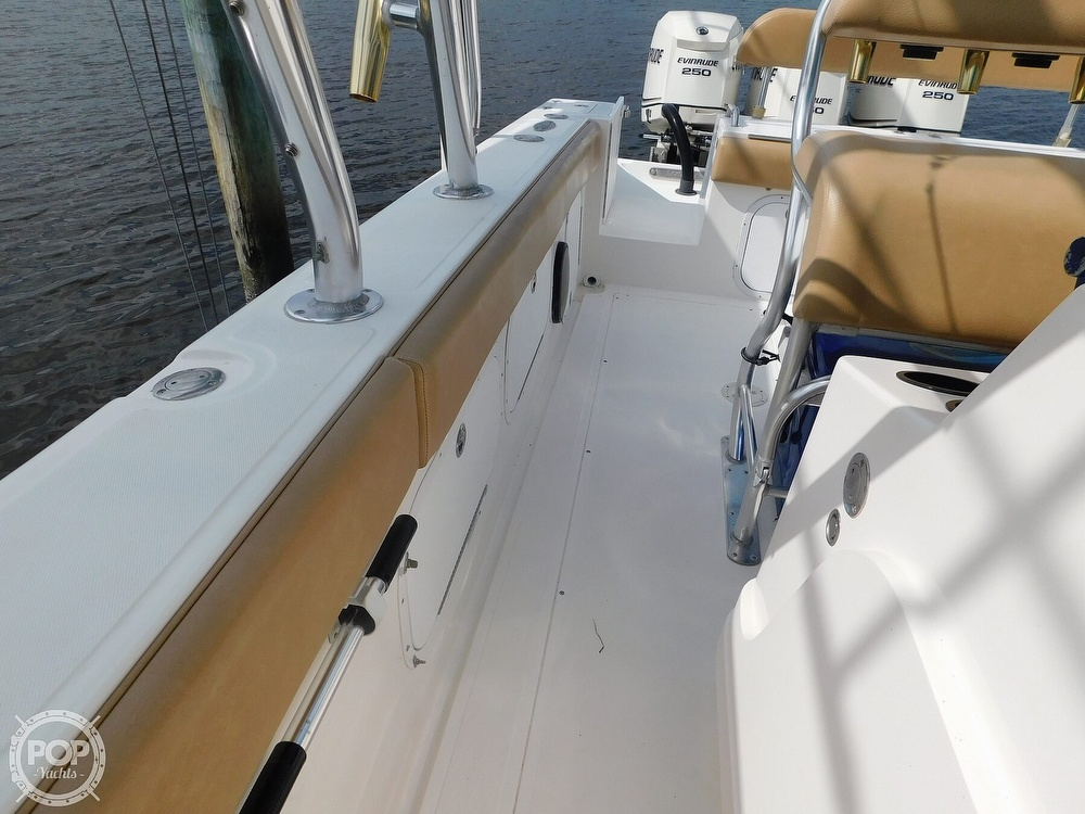2006 Dakota boat for sale, model of the boat is 360SF Center Console & Image # 5 of 40