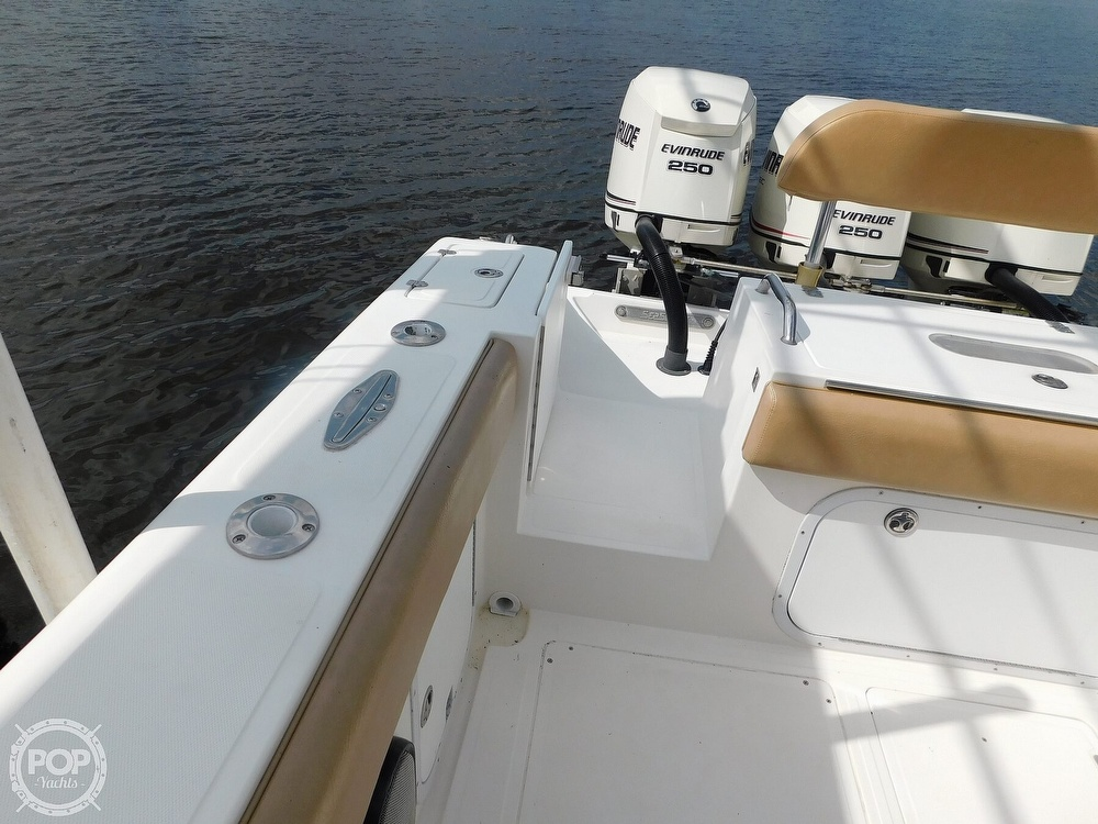 2006 Dakota boat for sale, model of the boat is 360SF Center Console & Image # 14 of 40