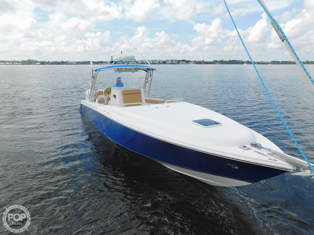 2006 Dakota boat for sale, model of the boat is 360SF Center Console & Image # 2 of 40