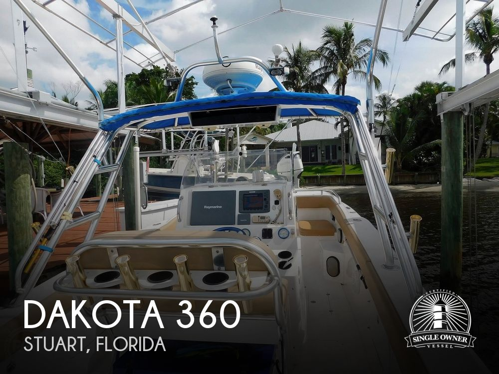 2006 Dakota boat for sale, model of the boat is 360SF Center Console & Image # 1 of 40