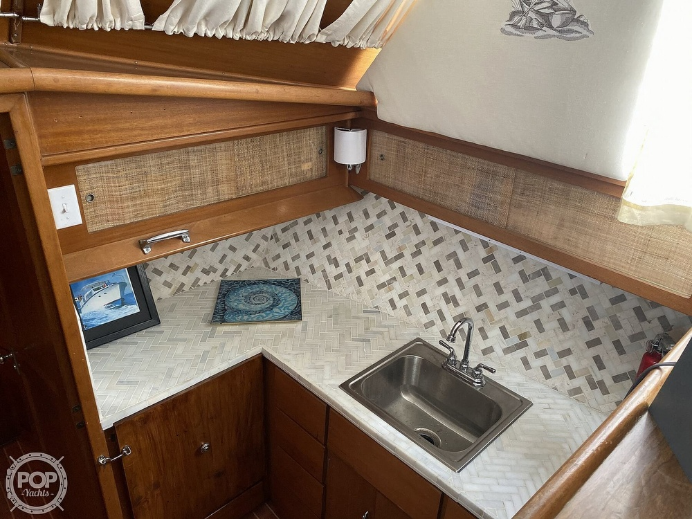 1969 Hatteras boat for sale, model of the boat is 41 TC & Image # 39 of 40