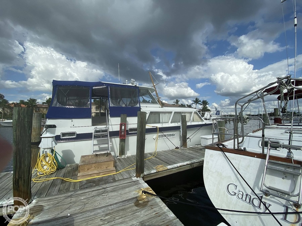 1969 Hatteras boat for sale, model of the boat is 41 TC & Image # 3 of 40