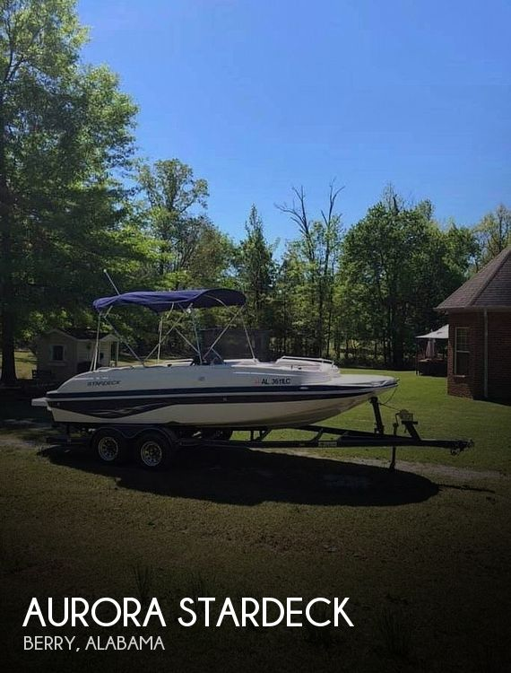 Used Aurora Deck Boats For Sale by owner   2004 20 foot Aurora Stardeck