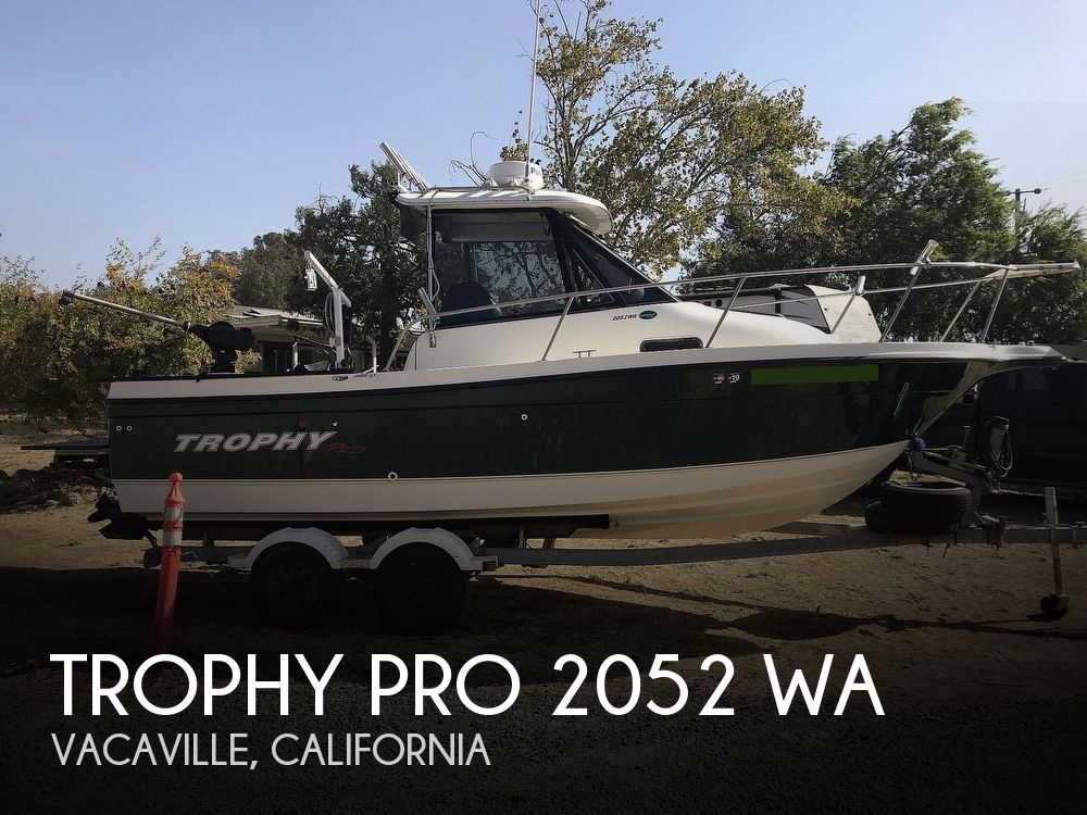 2005 Trophy boat for sale, model of the boat is Pro 2052 WA & Image # 1 of 41