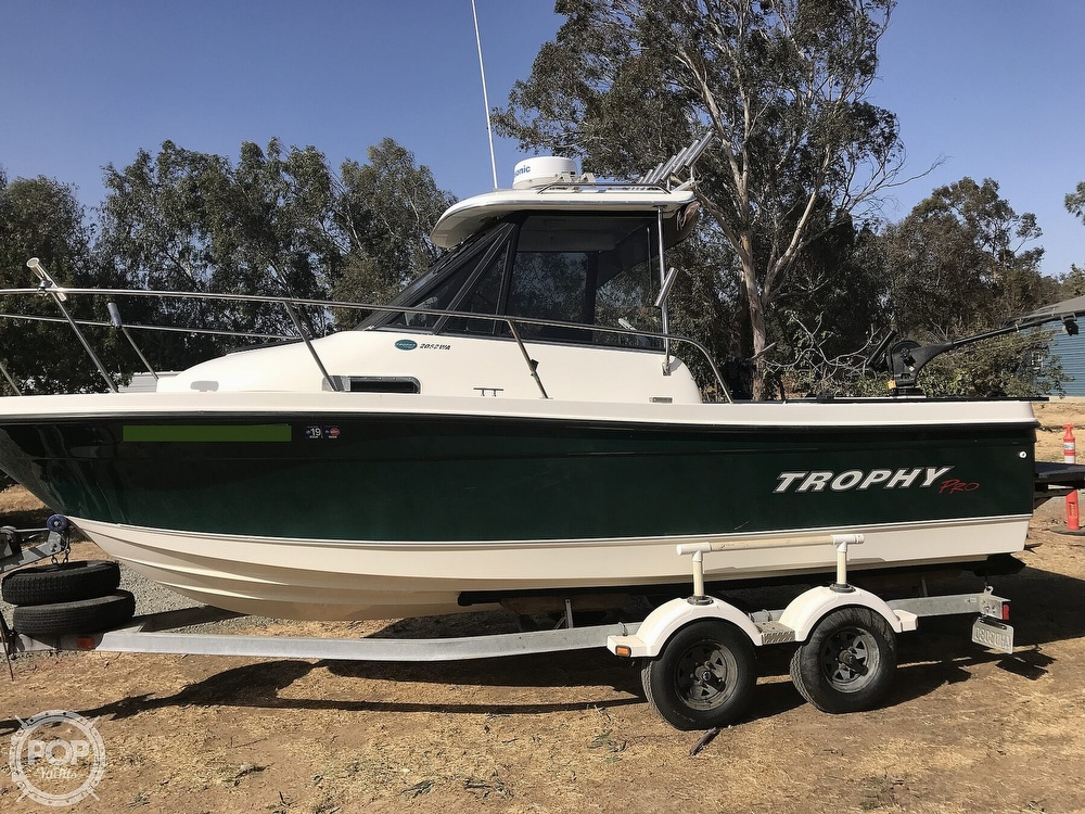 2005 Trophy boat for sale, model of the boat is Pro 2052 WA & Image # 5 of 41
