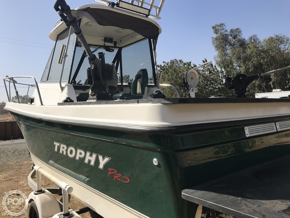 2005 Trophy boat for sale, model of the boat is Pro 2052 WA & Image # 11 of 41