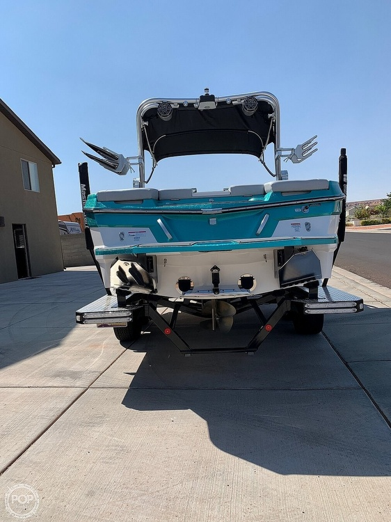 2017 Mastercraft boat for sale, model of the boat is XT23 & Image # 2 of 4