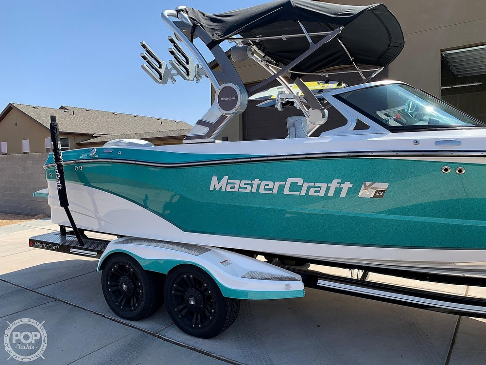 2017 Mastercraft boat for sale, model of the boat is XT23 & Image # 3 of 4