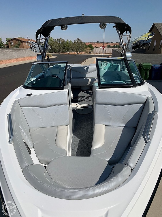 2017 Mastercraft boat for sale, model of the boat is XT23 & Image # 4 of 4
