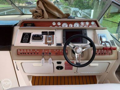 1994 Sea Ray 330 Express Cruiser - #4