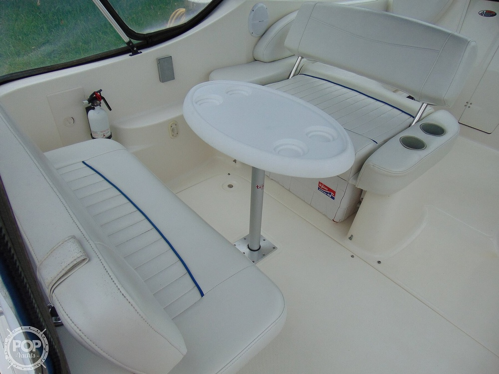 2004 Bayliner boat for sale, model of the boat is 265 Cruiser & Image # 35 of 40