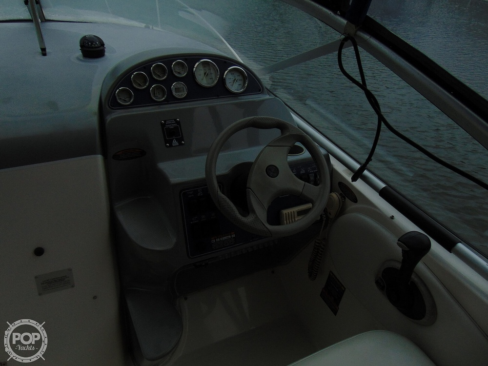 2004 Bayliner boat for sale, model of the boat is 265 Cruiser & Image # 39 of 40