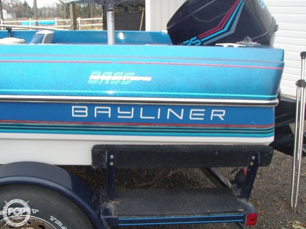 1988 Bayliner boat for sale, model of the boat is Bass Trophy 1810 Fish & Ski & Image # 6 of 41