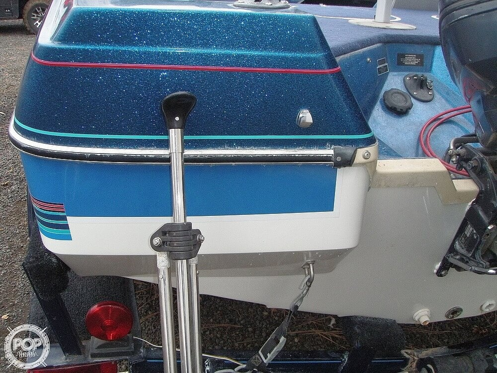 1988 Bayliner boat for sale, model of the boat is Bass Trophy 1810 Fish & Ski & Image # 11 of 41