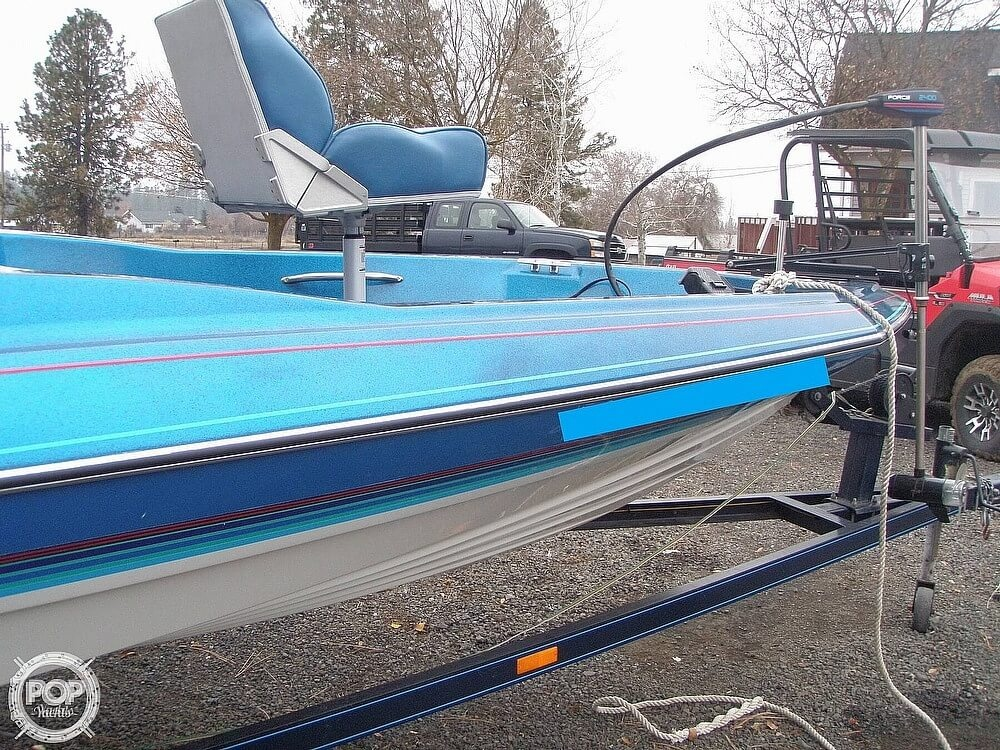 1988 Bayliner boat for sale, model of the boat is Bass Trophy 1810 Fish & Ski & Image # 20 of 41