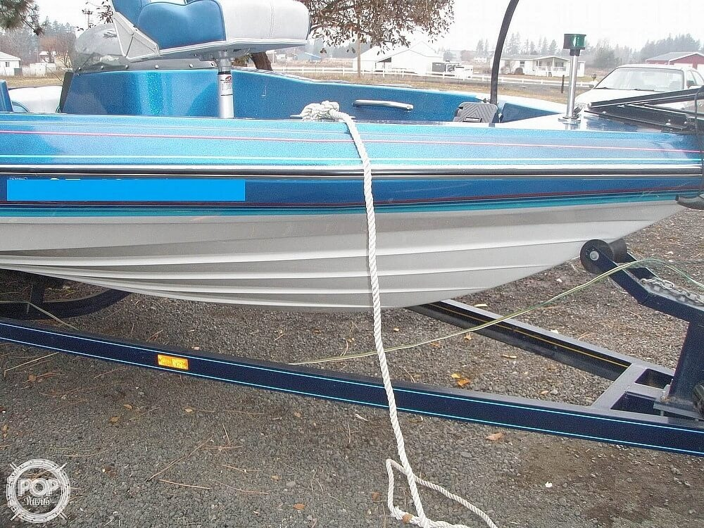 1988 Bayliner boat for sale, model of the boat is Bass Trophy 1810 Fish & Ski & Image # 21 of 41