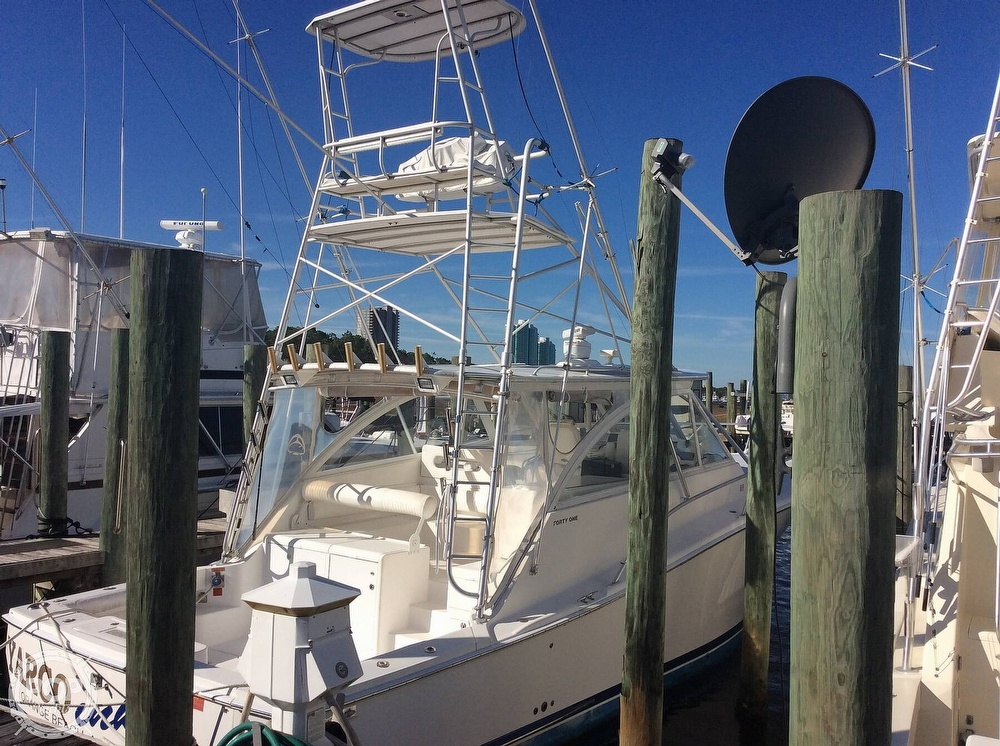2007 Luhrs boat for sale, model of the boat is 41 Open & Image # 3 of 40