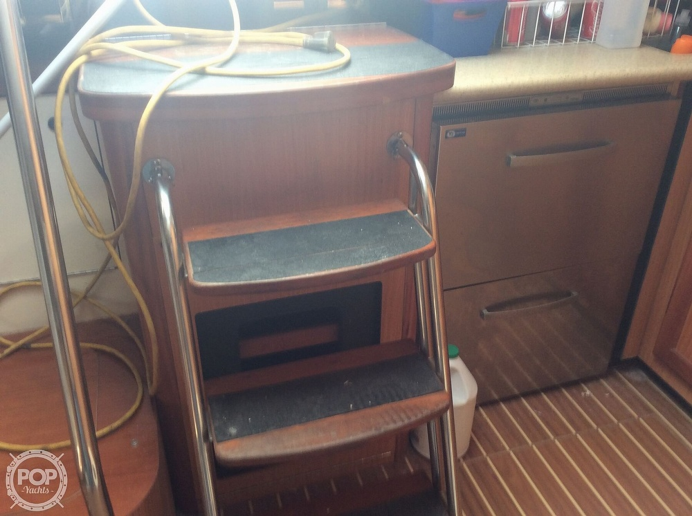 2007 Luhrs boat for sale, model of the boat is 41 Open & Image # 22 of 40