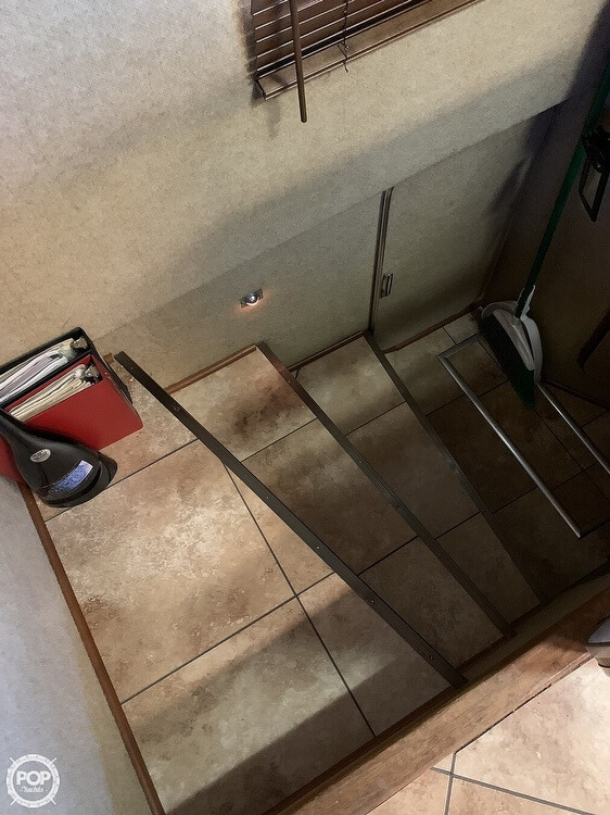 1984 Chris-Craft 46 Aqua Home - image 12