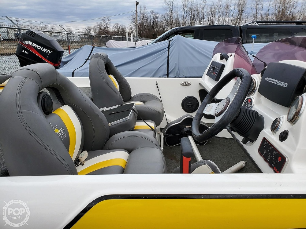 2014 Bass Cat Boats boat for sale, model of the boat is Pantera II Advantage Elite DC & Image # 15 of 42