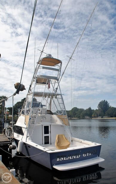 Bertram 28 Flybridge Cruiser, 28, for sale - $92,500