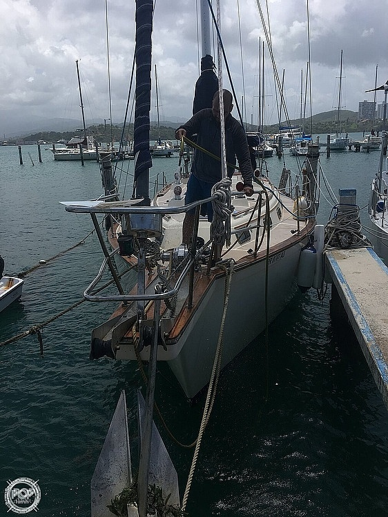 1990 Island Packet boat for sale, model of the boat is 38 & Image # 2 of 20