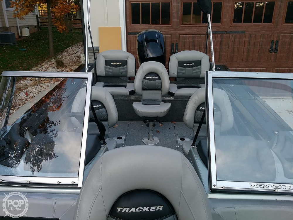 2018 Tracker Boats boat for sale, model of the boat is Targa V19 Combo 40th Anniversary Edition & Image # 12 of 40