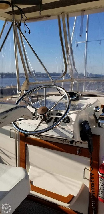 1988 Ocean Yachts boat for sale, model of the boat is 38 Super Sport & Image # 2 of 40