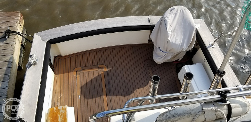 1988 Ocean Yachts boat for sale, model of the boat is 38 Super Sport & Image # 11 of 40