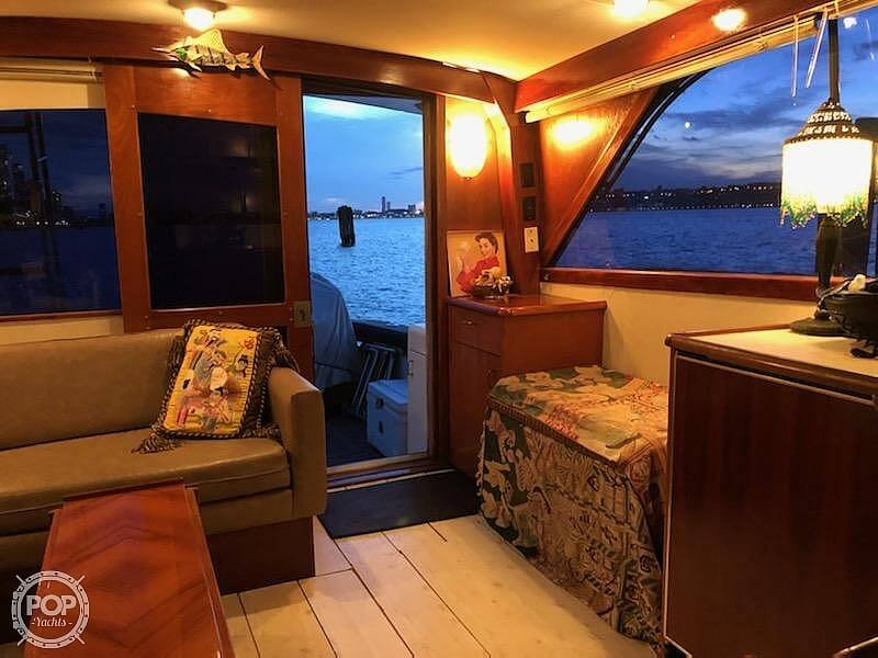1988 Ocean Yachts boat for sale, model of the boat is 38 Super Sport & Image # 35 of 40