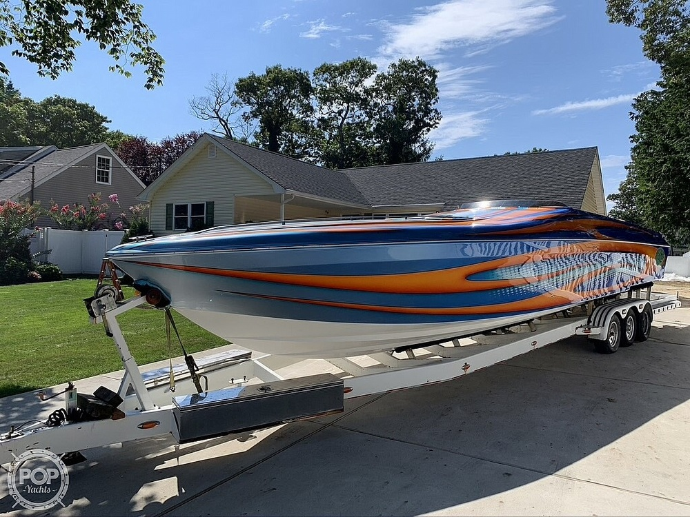 2002 Outerlimits boat for sale, model of the boat is Stiletto 37 & Image # 2 of 41