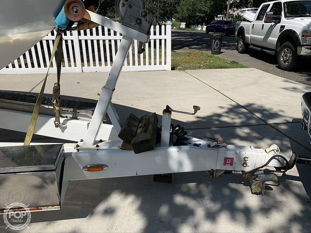 2002 Outerlimits boat for sale, model of the boat is Stiletto 37 & Image # 19 of 41