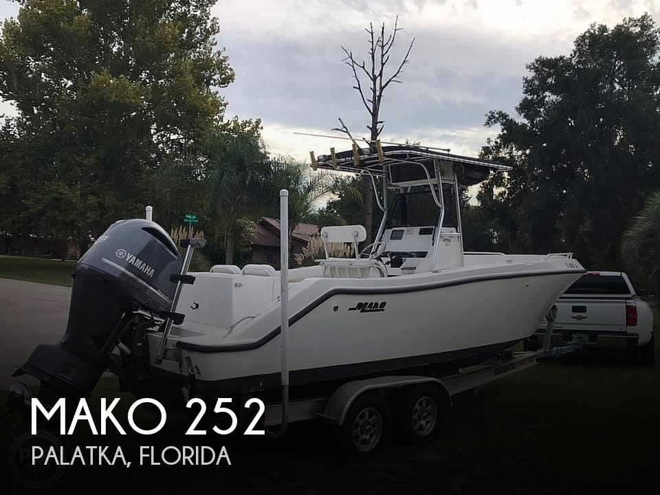 Used MAKO Boats For Sale in Florida by owner | 2000 Mako 252