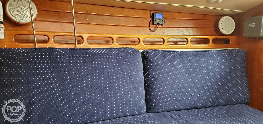 1983 Ericson Yachts boat for sale, model of the boat is 30 & Image # 15 of 40