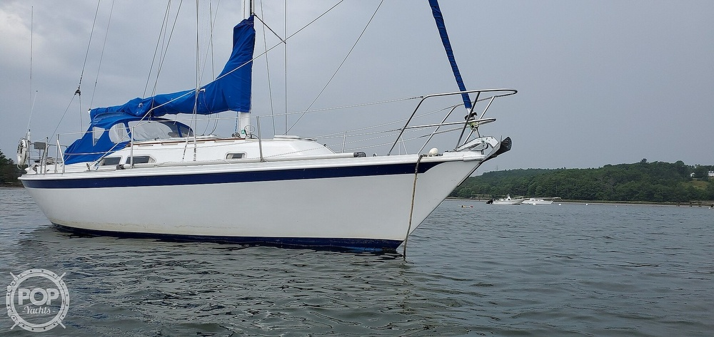 1983 Ericson Yachts boat for sale, model of the boat is 30 & Image # 11 of 40
