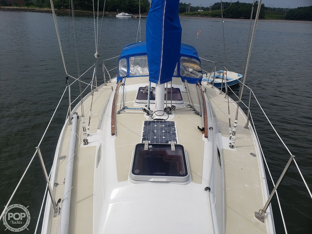 1983 Ericson Yachts boat for sale, model of the boat is 30 & Image # 6 of 40