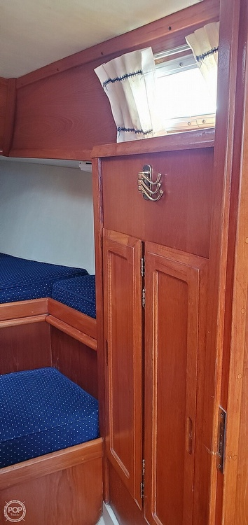 1983 Ericson Yachts boat for sale, model of the boat is 30 & Image # 27 of 40