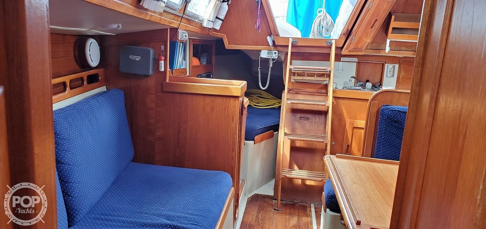 1983 Ericson Yachts boat for sale, model of the boat is 30 & Image # 33 of 40