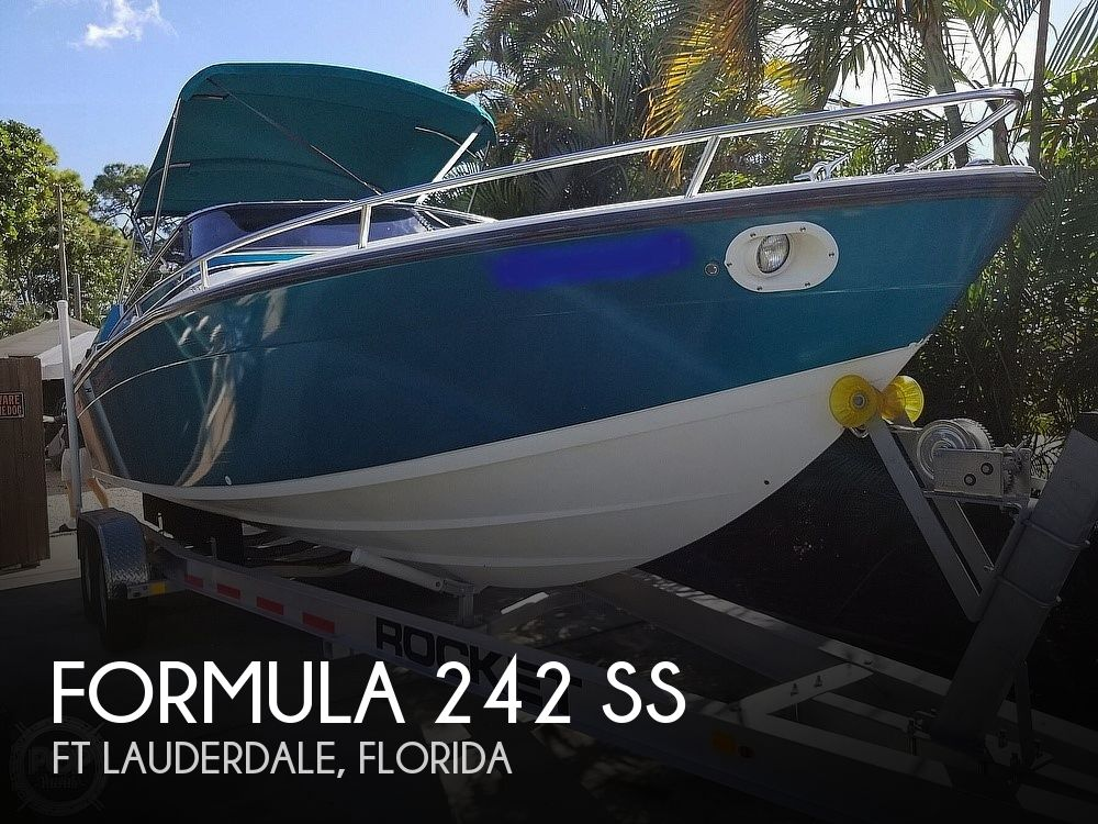 1989 Formula boat for sale, model of the boat is 242 SS & Image # 1 of 40
