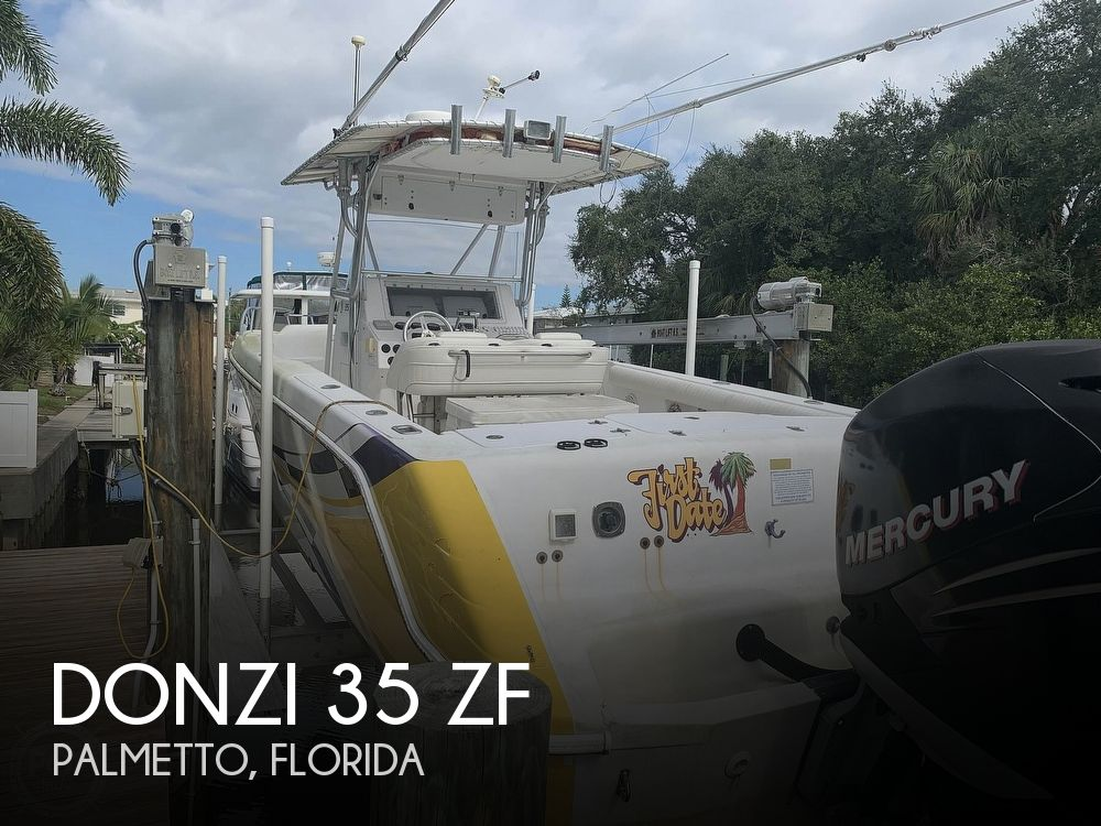 2000 Donzi boat for sale, model of the boat is 35 ZF & Image # 1 of 41