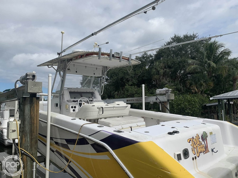 2000 Donzi boat for sale, model of the boat is 35 ZF & Image # 6 of 41