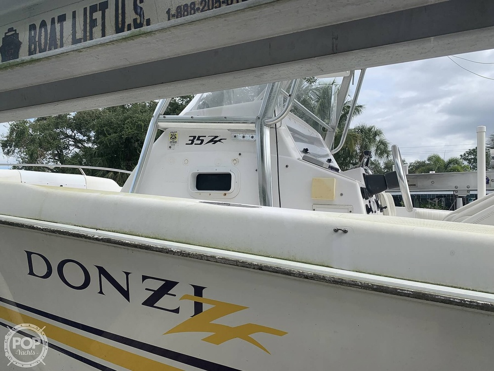 2000 Donzi boat for sale, model of the boat is 35 ZF & Image # 8 of 41