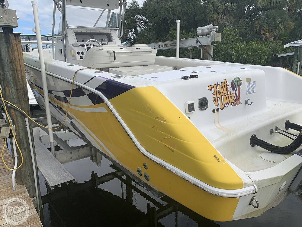 2000 Donzi boat for sale, model of the boat is 35 ZF & Image # 19 of 41
