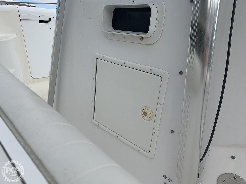 2000 Donzi boat for sale, model of the boat is 35 ZF & Image # 23 of 41