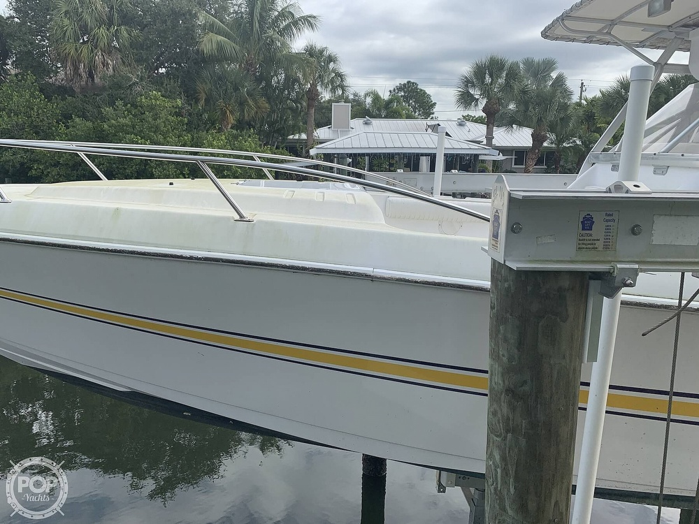 2000 Donzi boat for sale, model of the boat is 35 ZF & Image # 35 of 41