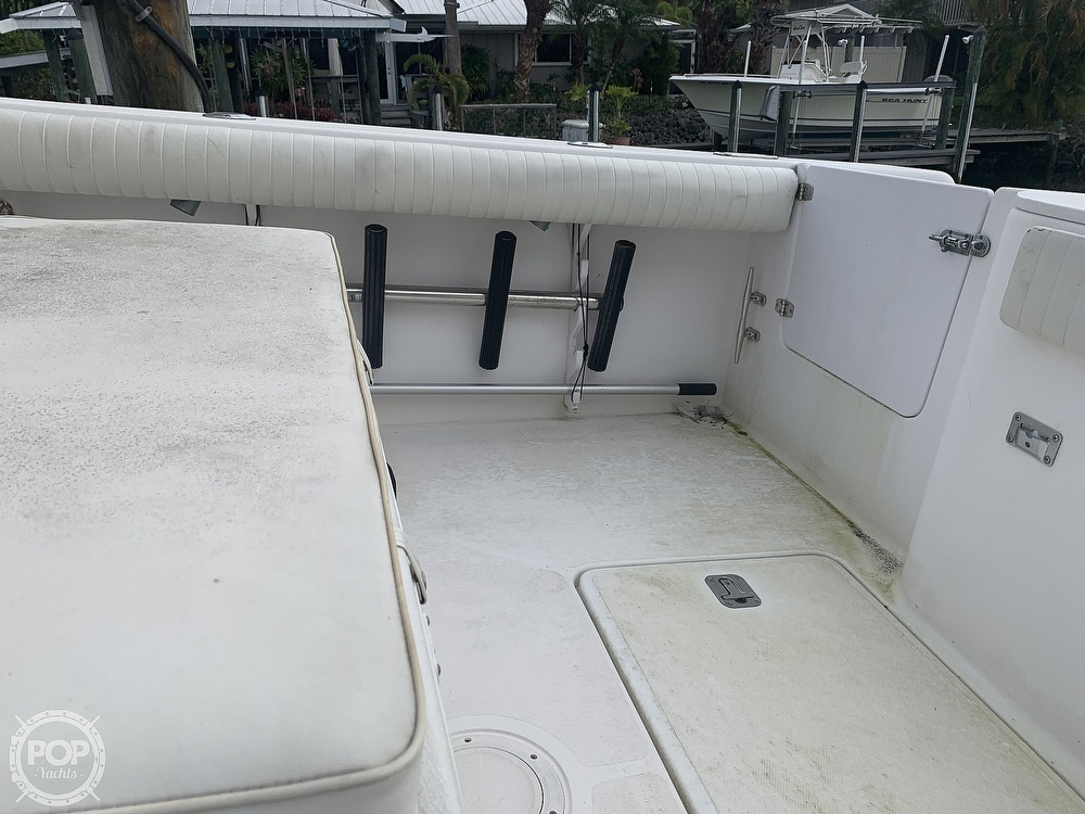 2000 Donzi boat for sale, model of the boat is 35 ZF & Image # 38 of 41