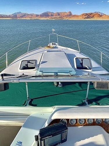 1995 Sea Ray boat for sale, model of the boat is 290 Sundancer & Image # 10 of 26