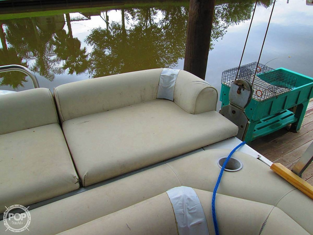 2003 Odyssey boat for sale, model of the boat is MILLENIUM 2102 & Image # 2 of 26